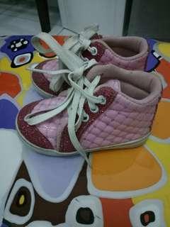 Sepatu fashion anak cewek