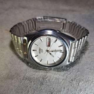 Seiko 5 / 7009 Automatic Vintage Watch ( USED )