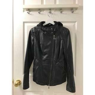 Brand new XXS/00 Danier Leather Jacket with removable hood