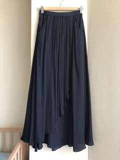 Armani Skirt sz6 nwot