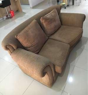 Sofa Duduk Ruang Tamu Empuk