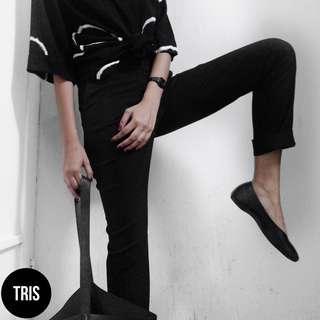 H&M BLACK PENCIL PANTS