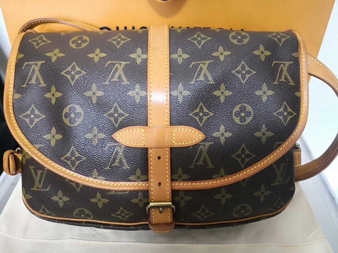28fd05b588f2 Authentic Louis Vuitton Saumur 30 - perfect size