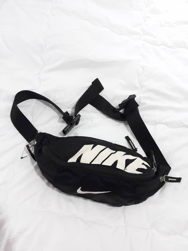 Authentic Nike Waist Bag Pouch Bag, Men s Fashion, Bags   Wallets on  Carousell c4dc3a4b40