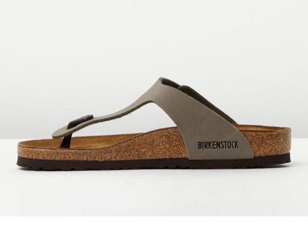 Birkenstock Gizeh - genuine leather size 6