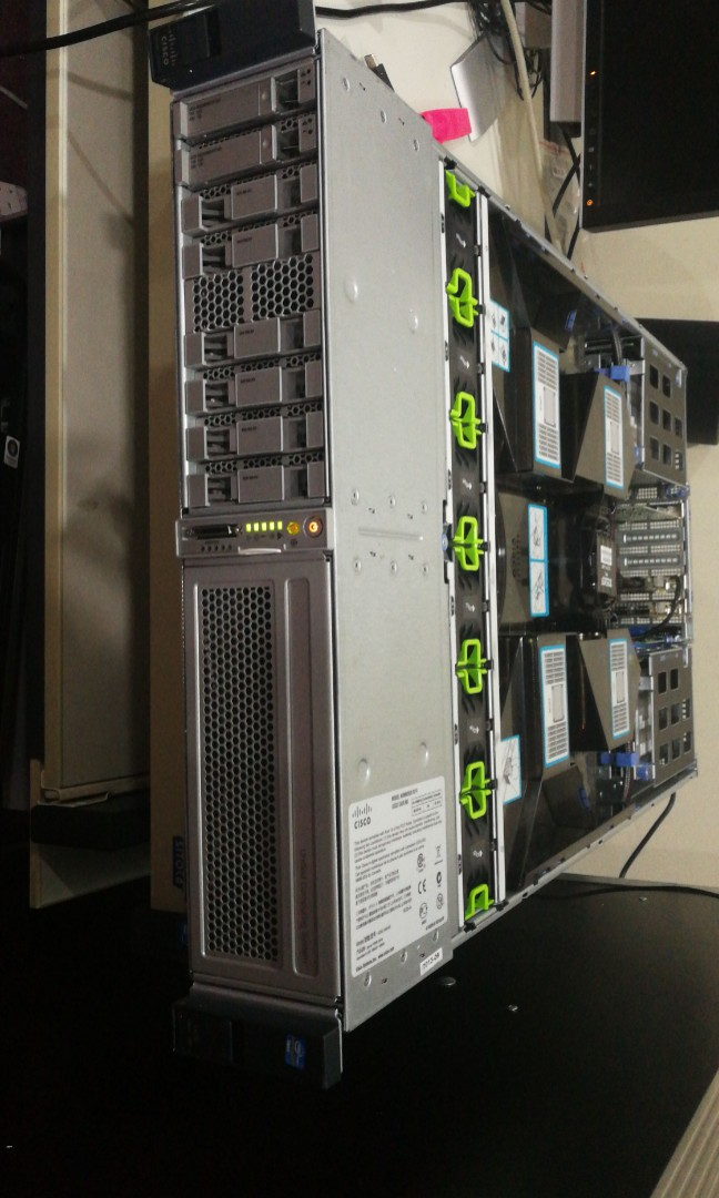 Cisco C420 M3 Rackmount Server 2RU, 4 (Quad) E5-4650 v2 (40 cores/80  threads), 256 GB RAM, Dual Port 8Gbps HBA Card, 2* 300GB SAS HDD, 9271CVe 8  ports