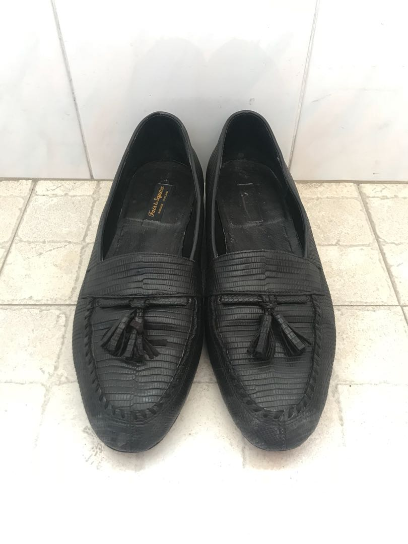 28133e009 Eu43 but fit 41 Vintage loafers Japan, Men's Fashion, Footwear ...