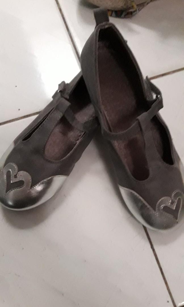 H&m shoes size 31
