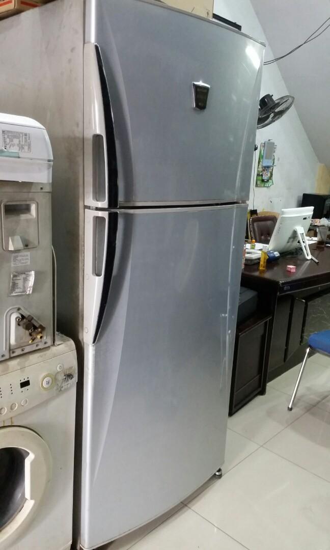 Kulkas 2 Pintu Sharp Superior Jumbo 610 Liter Kitchen Appliances Di Carousell