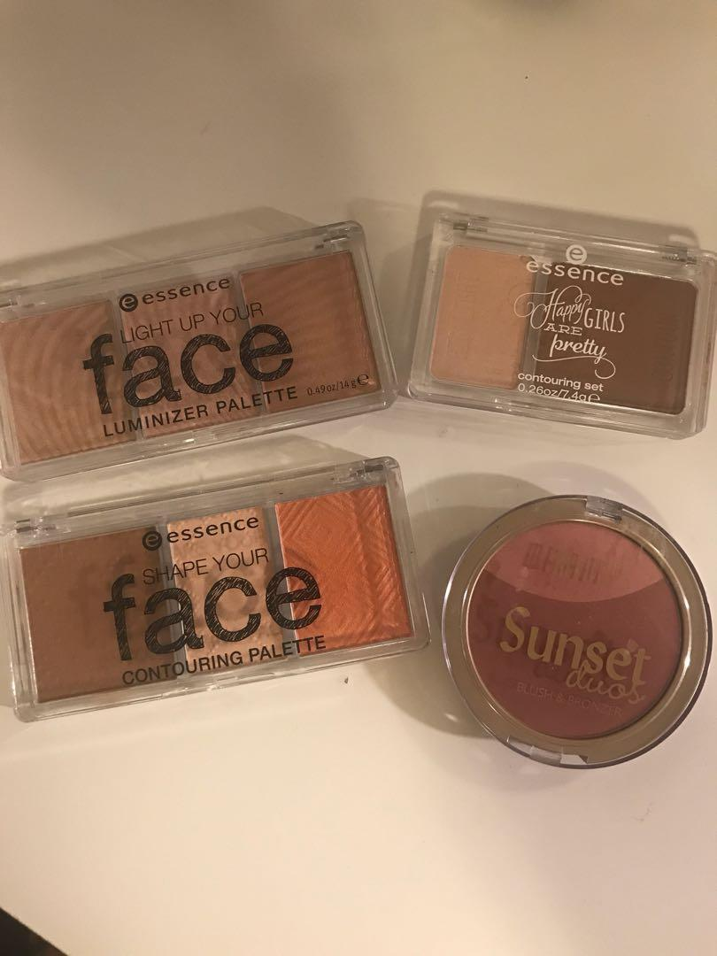 Make up compact bundle
