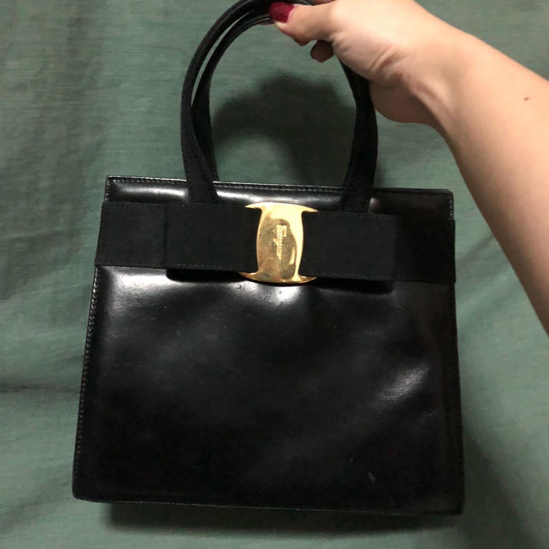 6d74b30b71 Salvatore Ferragamo Vera Bow handbag