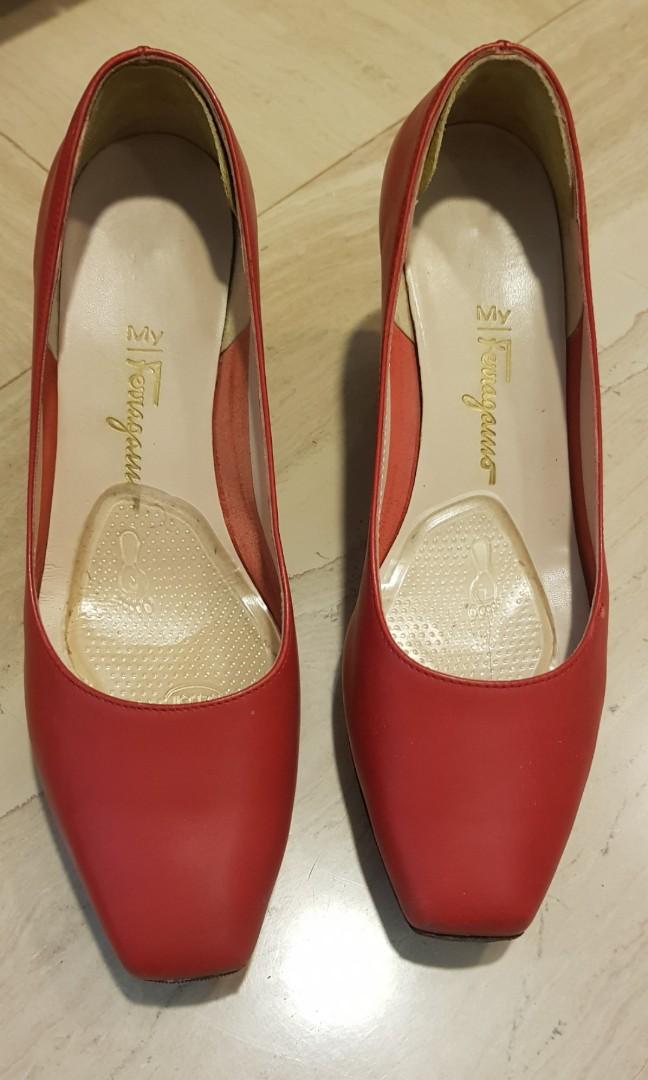 c59022cb3abc Vintage Authentic Ferragamo Red platform Wedges   Heels Size US 6.5B ...