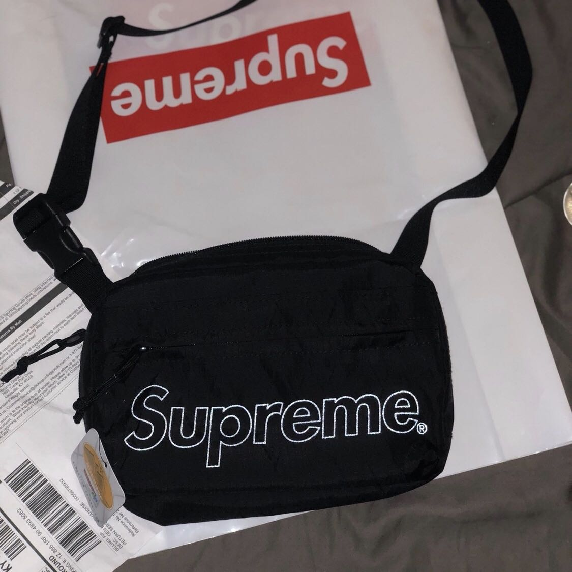 8c069f6300c Supreme Shoulder Bag FW18 Black, Men's Fashion, Bags & Wallets, Sling Bags  on Carousell