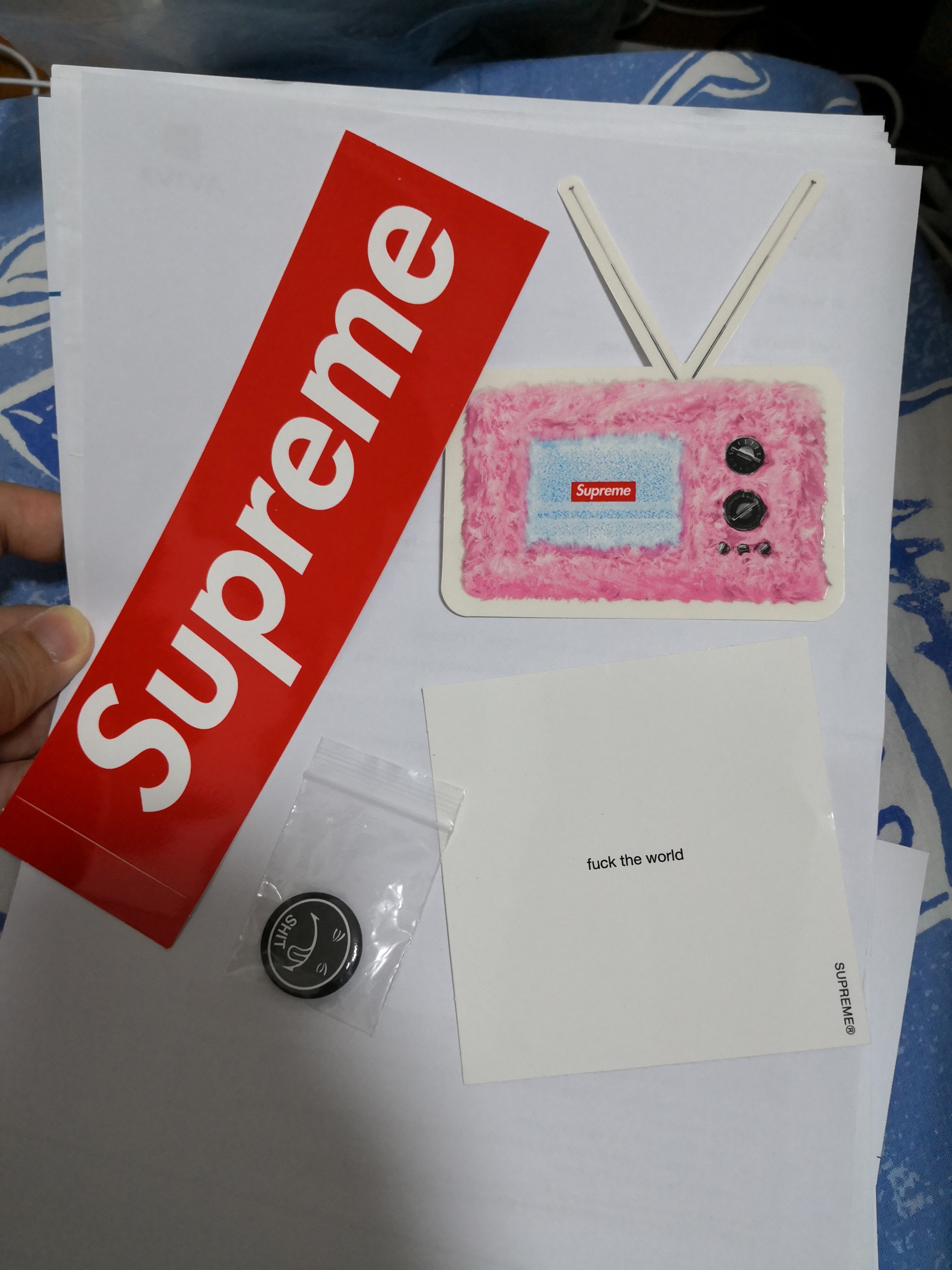 Supreme Sticker Pack 2018 Bahuma 50pcs Red Stickers Source 6 Luxury Accessories Others On Carousell