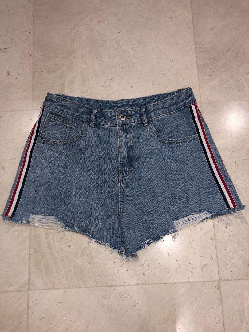 f640b4988314 Yishion Denim Shorts, Women's Fashion, Clothes, Pants, Jeans ...