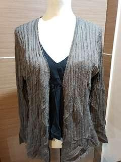 Grey cover up cardigan knit