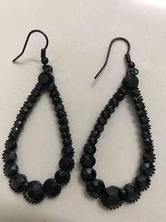 Black Stone Glam Earring #Midsep50