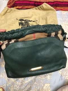 Burberry 綠色包包(4用)