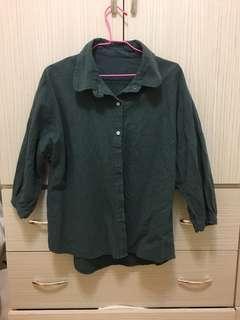 澎澎袖綠色襯衫
