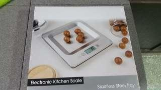 Stainless Steel Kitchen Weighing Scale