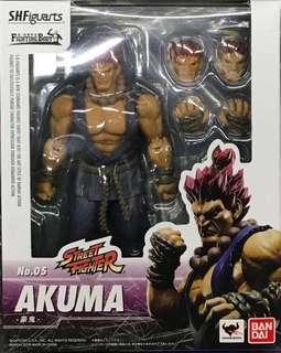SHF S.H.Figuarts Akuma Street Fighter