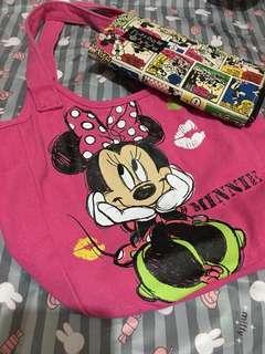 Small minnie bag plus mickey wallet