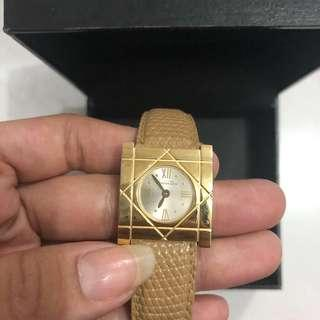Christian Dior Watch Gold Classic Authentic