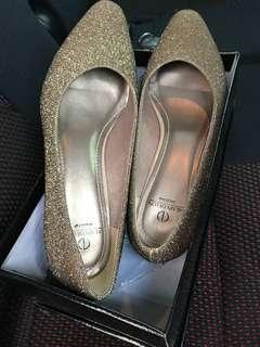 Alain Delon active heels