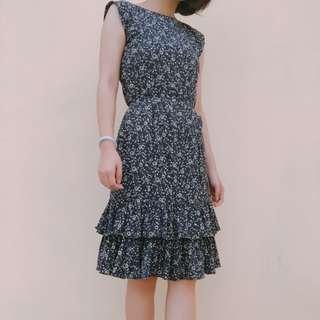 🚚 復古碎花雙層裙擺短洋裝#九月女裝半價