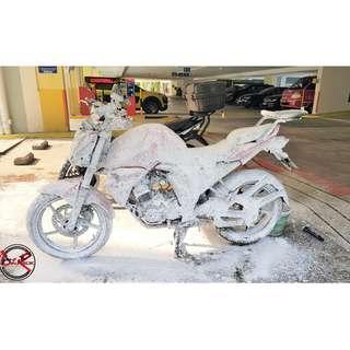 Bike wash Yamaha FZ16