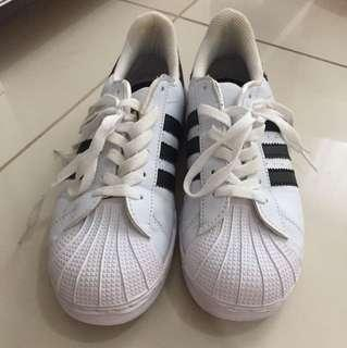 Adidas Superstar Premium quality sz 38