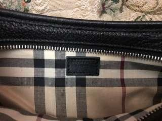 LIKE NEW! Authentic BURBERRY Leather Pochette