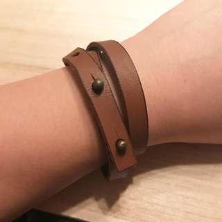 啡色皮手繩(Brown Leather Bangle)