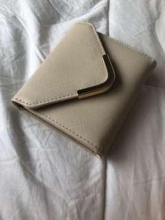 Collette Beige wallet