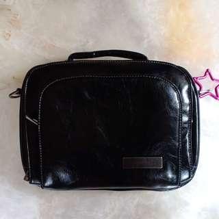 Ju-Ju-Be Micra Be Earth Leather Bag (Black/Hot Pink)