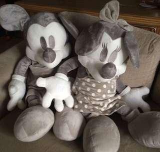 Mickey And Minnie Plus Grey (big size)