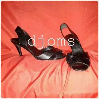 ✔Sz 8.5 39 Salvatore Ferragamo sling back heels sandals