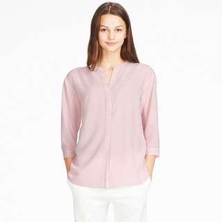 Uniqlo Rayon Skipper Collar 3/4 sleeve blouse