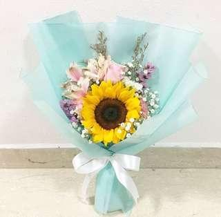 Sunflowers with Roses and Mix Fillers / Graduation Bouquet / Birthday Flowers