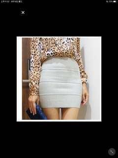 🚚 美國知名品牌灰色繃帶裙 BCBG款