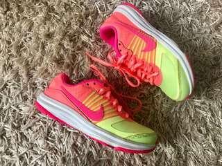 Nike kids shoes size 11c