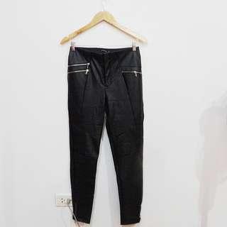 STRADIVARIUS Leather Leggings