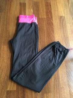H&M yoga pants size XS