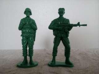Giant Sized Green Army Men Toy Soldiers
