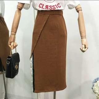 🚚 焦糖色半身裙