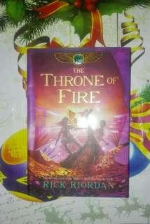 Throne of Fire (book 2 The Kane Chronicles)