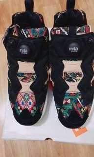 Reebok。pump女鞋。US7.5尺寸
