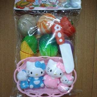 BRANDNEW VEGETABLES CUTLERY with 4pcs HELLO KITTY TOY SET