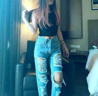 High waisted mom girlfriend denim ripped jeans #3x100 #MidSep50