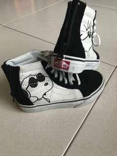 Peanuts Vans shoes...